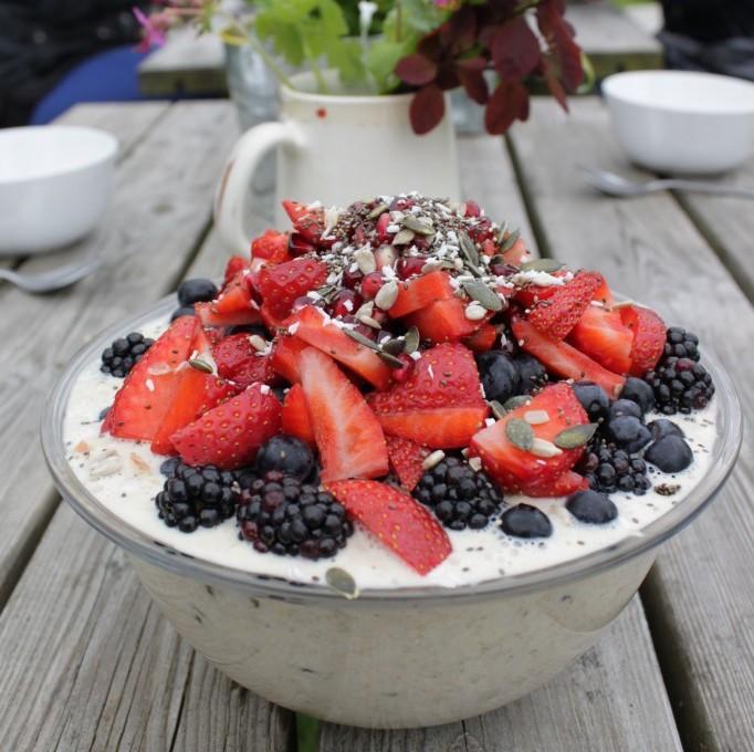 Bircher-Muesli-with-Coconut-Milk-on-Yoga-Retreat-in-Cornwall-683x1024