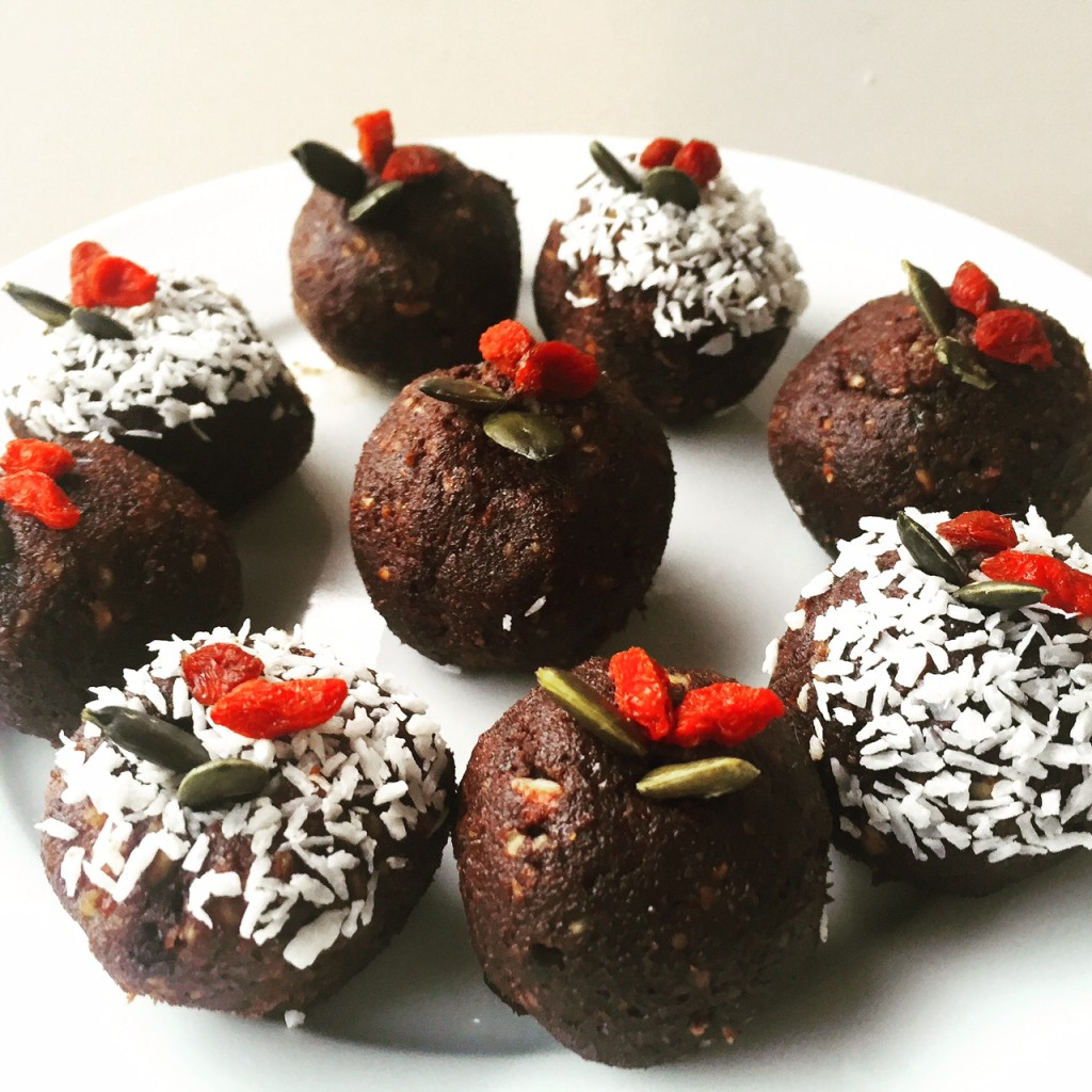 Christmas-Bliss-Balls-1024x1024