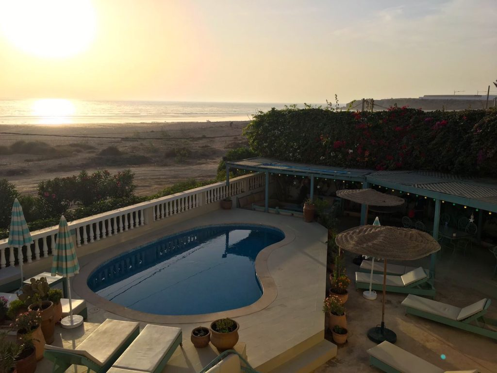 Yoga Retreat Morocco sunset at the swimming pool